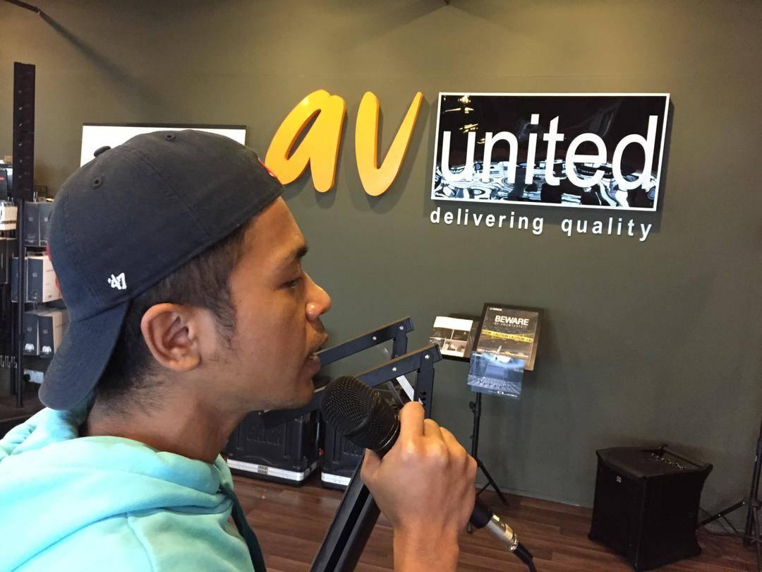 DPA Microphones dfacto featuring Hazama d Malaysia famous artist